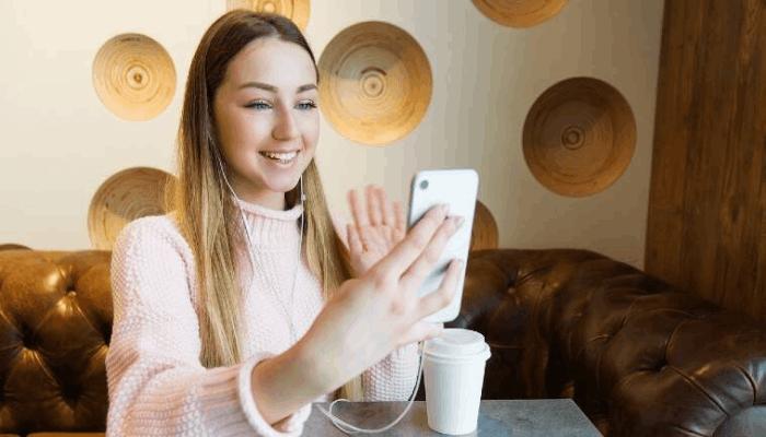 7 Aplikasi Live Streaming VCS Gratis